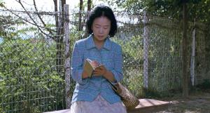 Poetry Mi-Ja (Yun Jung-Hee) Writes