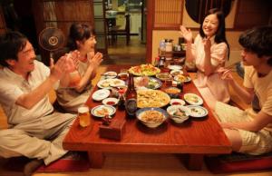 The Story of Yonosuke Shoko (Yoshitaka) Meets Yonosuke's Family