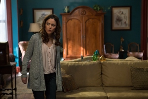 Insidious 2 Renai Lambert (Byrne) Searches for Ghosts