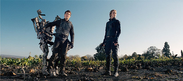 Leaving the Suit Behind in Edge of Tomorrow