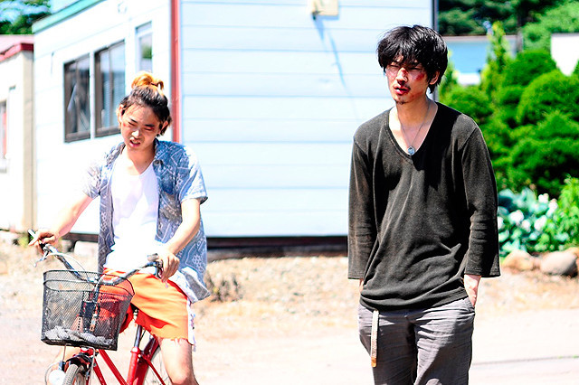 The Light Shines Only There Takuji (Suda) and Sato (Ayano) Larking Around