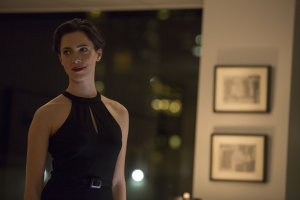 The Gift Robyn (Rebecca Hall) Looks Gorgeous