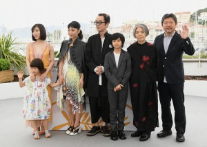 Shoplifters Cast at Cannes 5